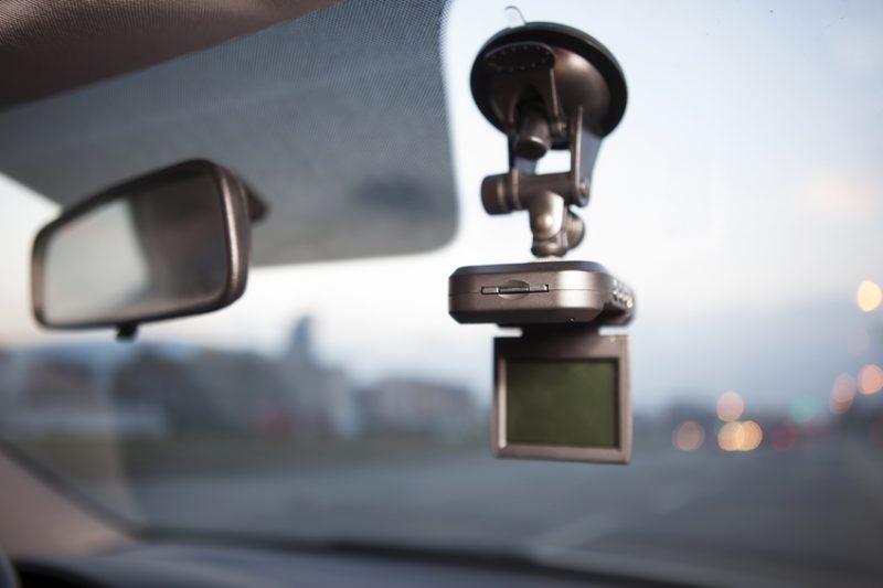 dash cam, dashboard camera, windshield, car, car accessory, car accessories, driving aids