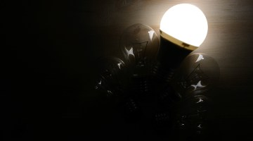 LED, LED lighting, incandescent bulb, darkness, light