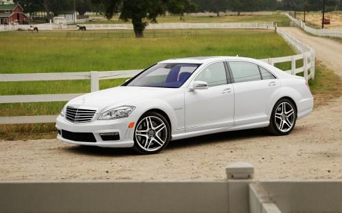 2012-Mercedes-Benz-S63-AMG
