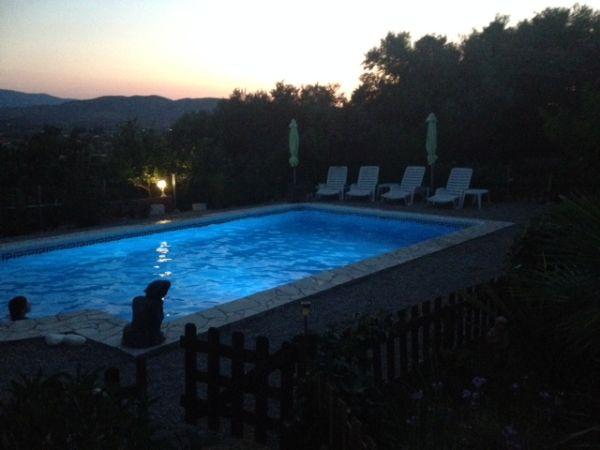 De zwembad van Casa Amigo