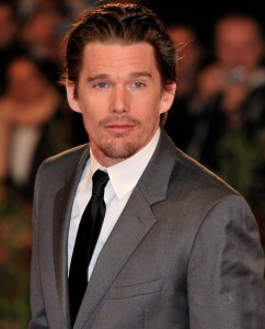 "Ethan Hawke veste i panni di Chet Baker in ""Born to be blue"""