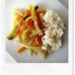 Ricette veloci: Verdure piccanti e riso al vapore (Vegan)