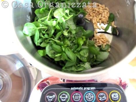Pesto alla genovese in 5 minuti e in quantità industriale con #CuisineCompanion