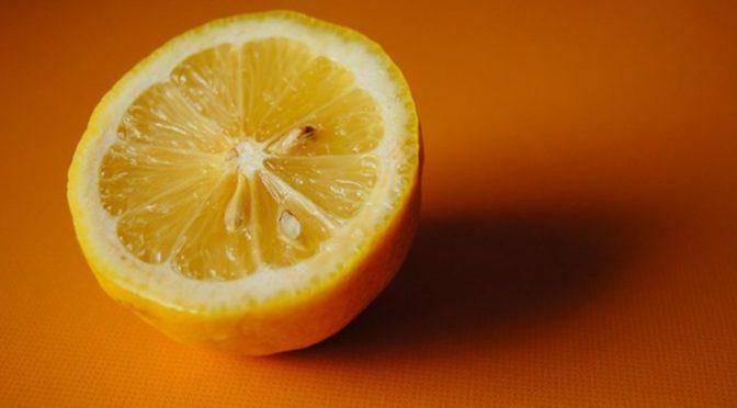 lemon-175268_640-1.jpg