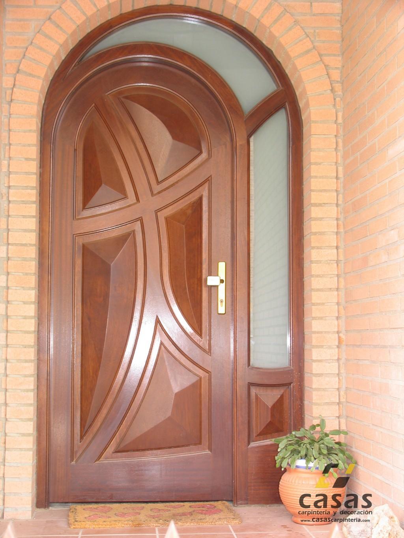Casas carpinter a y decoraci n puertas de madera casas - Arcos de madera para puertas ...