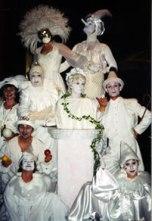 Cirque du Jour troupe