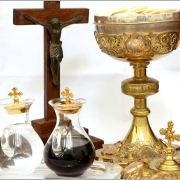 Jesus Waits: God's Presence In The Blessed Sacrament