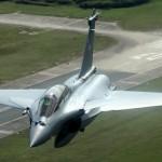 França aposta tudo para fechar contrato de venda de caças Rafale com os Emirados Árabes Unidos