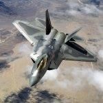 Estados Unidos envia caças F-22s para os Emirados Árabes Unidos como aviso ao Irã