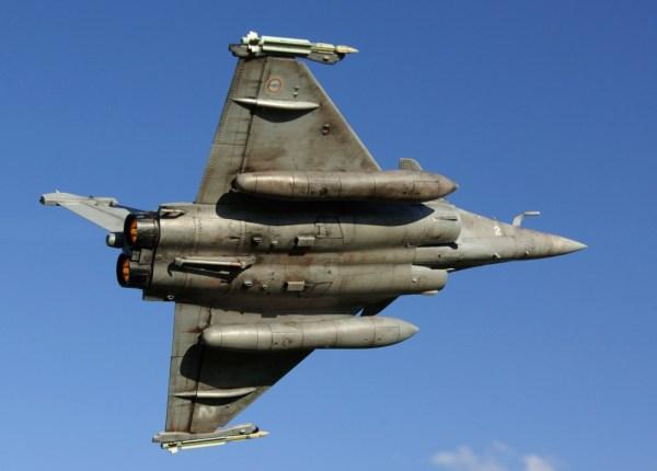 """A Força Aérea da Índia selecionou o Rafale, mas até agora somente encomendou 36 jatos """"de prateleira""""."""