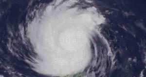 2016_1020_super-typhoon-lawin