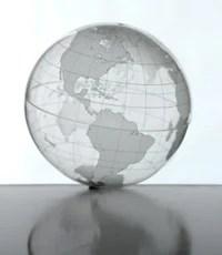 Foto: globo terráqueo transparente que representa el alcance de las estimaciones globales utilizadas en el estudio de los CDC de la mortalidad en la pandemia de la influenza H1N1 2009.