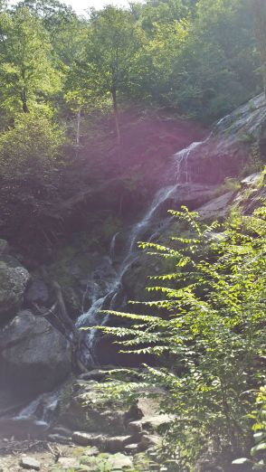 The photographer I read before I left said that sunshine ruined water fall pictures. She was right. It makes a smoky film in the picture.