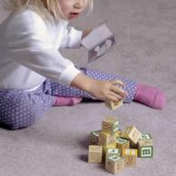 baby-playing-blocks