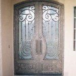 Puerta forja artistica