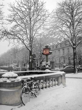 Rond-point des Champs-Elysées 1