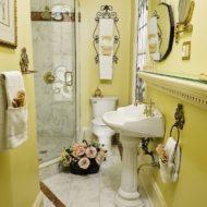Cedar House Inn - Gables Room bath