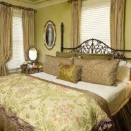Cedar House Inn - Gables Room main
