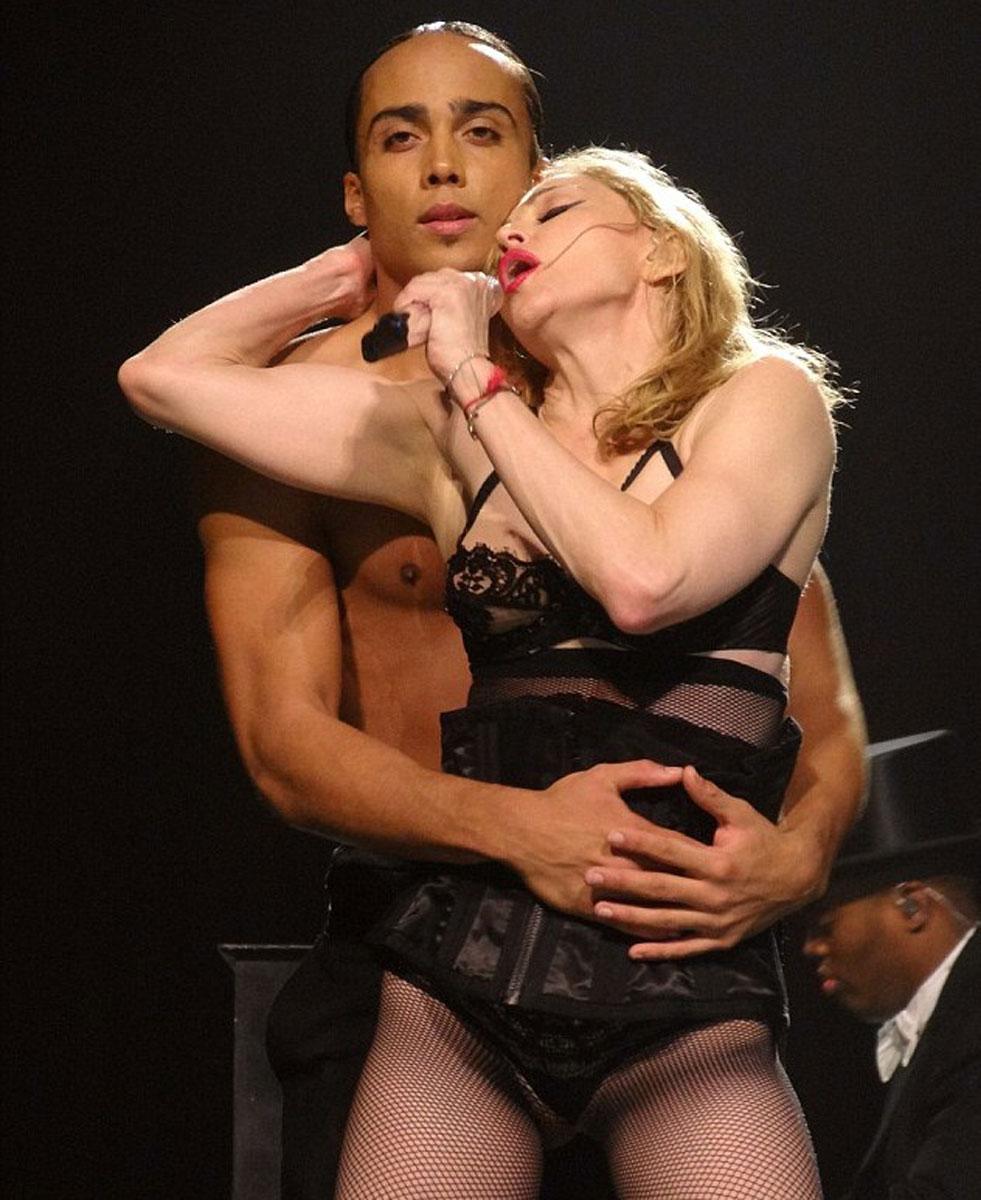 debbie harry on stage naked