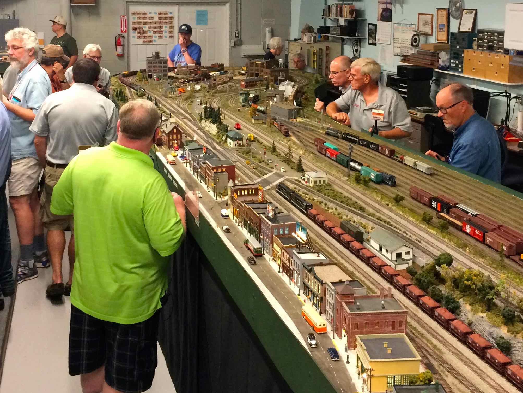 Swanky Operation Slideshow Central Florida Railroad Modelers Colonial Photo Hobby Hours Hobby Film Developing Colonial Photo dpreview Colonial Photo And Hobby