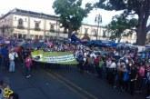 #Morelia Arriban Marcha Del Sector Salud Y CNTE A Palacio De Gobierno