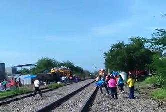 Difunden #VIDEO De Maestra Herida Por El Tren En Nueva Italia
