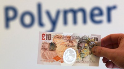 Bank of England announces switch to plastic banknotes – Channel 4 News