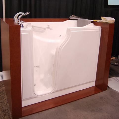 safety-tub-builders-show.jpg