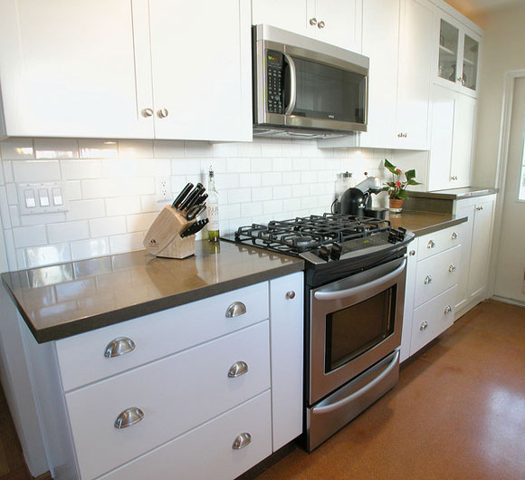 subway-tile-kitchen-backsplash.jpg