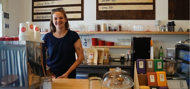 From the grandiose cafes of the past to small-scale emerging roasters, it's an exciting time for coffee lovers to be in Prague right now. My daily routine consisted of a […]