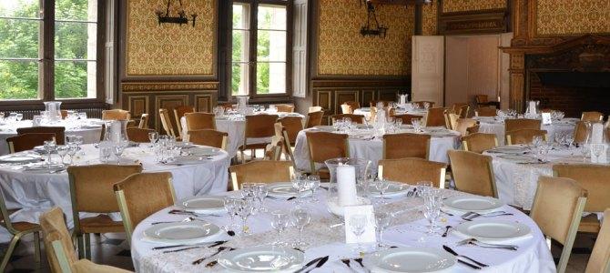 Location de Salles de réceptions – Repas à thème