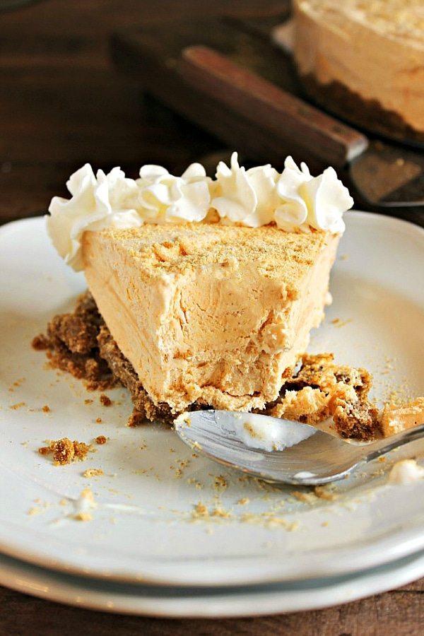 Frozen Pumpkin Pie Cheesecake - a delicious make ahead Thanksgiving ...