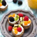 Healthy and Simple Greek yogurt no bake fruit tarts