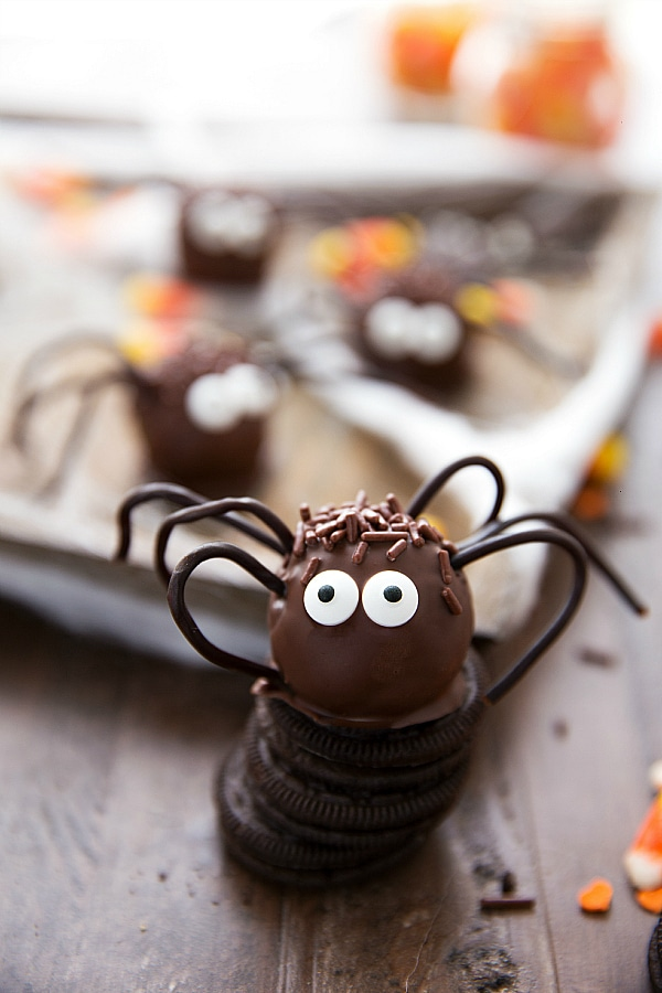 Easy Spider Oreo Balls + Candy Corn Punch