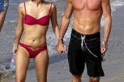 zhang-ziyi-nude-naked-beach-boyfriend-aviv-vivi-nevo-62