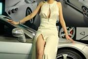 shou-shou-zhai-ling-car-show-model-sex-tape-13