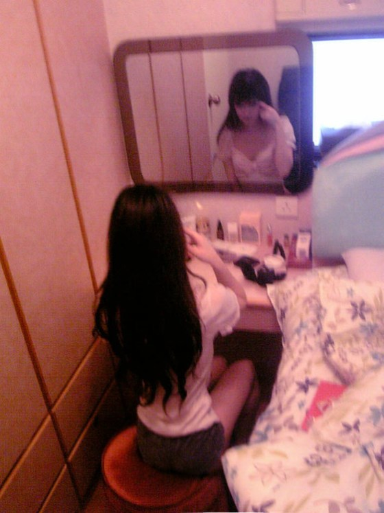 Wang Jiayun at her makeup table.