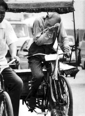 Chinese-pedicab- driver-Bai-Fangli-1