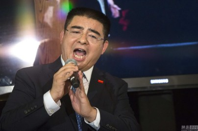 chinese-billionaire-chen-guangbiao-new-york-charity-lunch-10