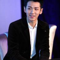 ko-chen-tung-kai-taiwanese-actor-05