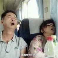 sleeping-chinese-train-passengers-02