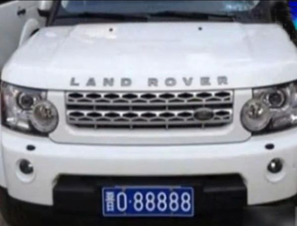 china-shanxi-traffic-police-land-rover-fleet-03