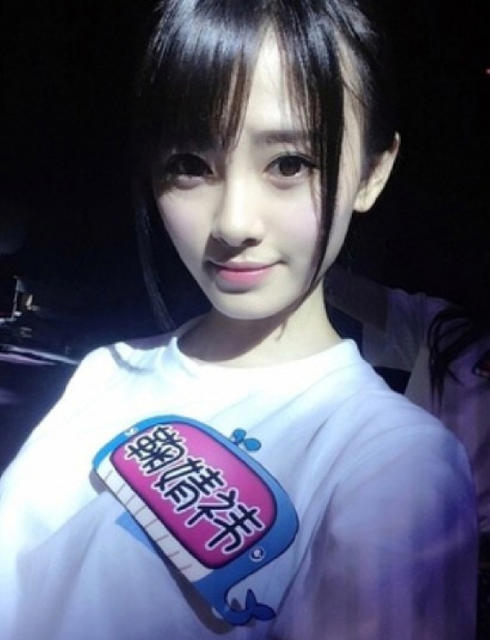 AKB48-Sister-Group-SNH48-Member-Voted-Hottest-in-China-by-Japan-03