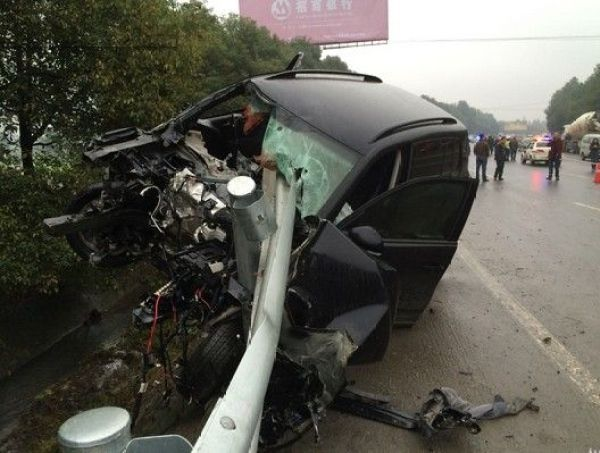 china-sichuan-suv-vw-tiguan-multiple-hit-and-run-kills-family-03