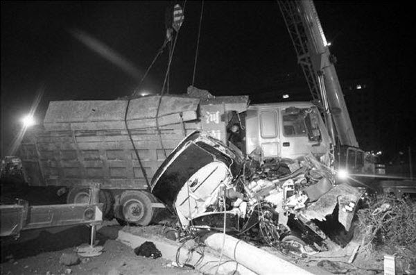 china-yiwu-new-female-driver-kills-family-in-accident-02