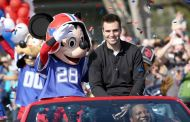 A closer look at the phrase 'I'm going to Disney World!' at the Super Bowl
