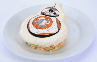 Disneyland's Galactic Grill Offers Star Wars-themed Menu Items