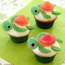 squirt-cupcakes-recipe-photo-420x420-cl-b