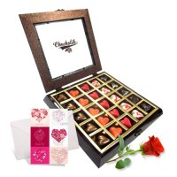 Love-Treasure-Chocolates-with-Rose-and-Love-Card