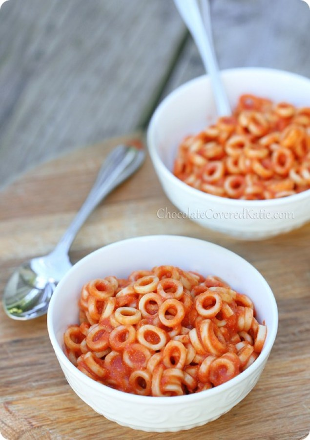 Healthy Homemade Spaghetti Os http://chocolatecoveredkatie.com/2013/08/19/homemade-spaghetti-os/